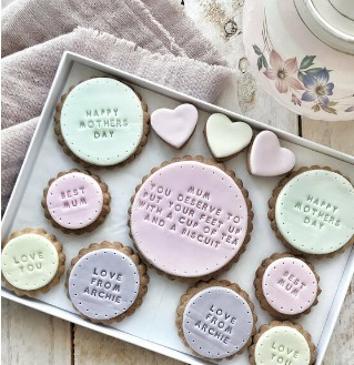 Personalised Mother's Day biscuit box from Joules