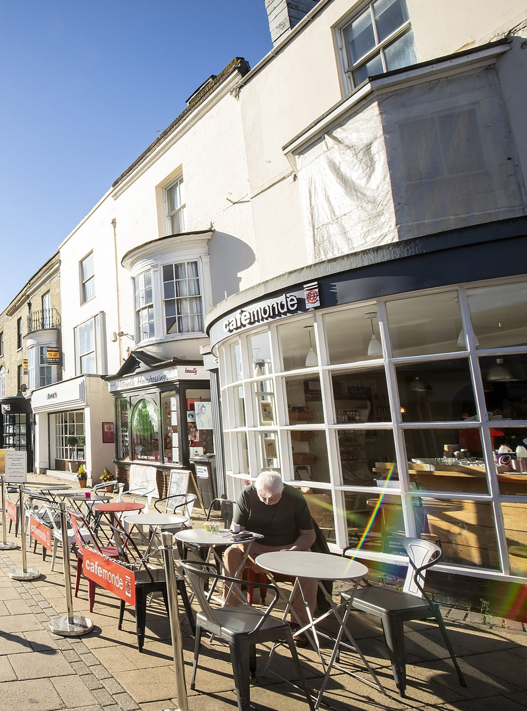 exterior of Cafe Monde