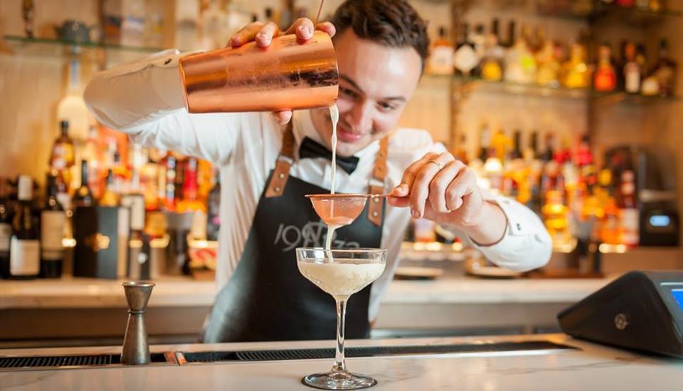 1932 bartender