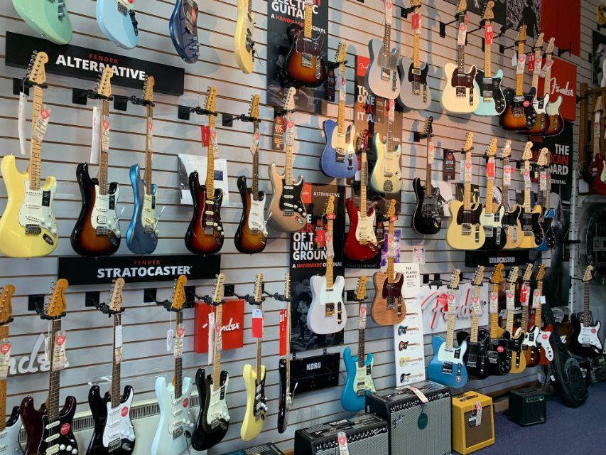 5% off all purchases in-store at The Guitar Store