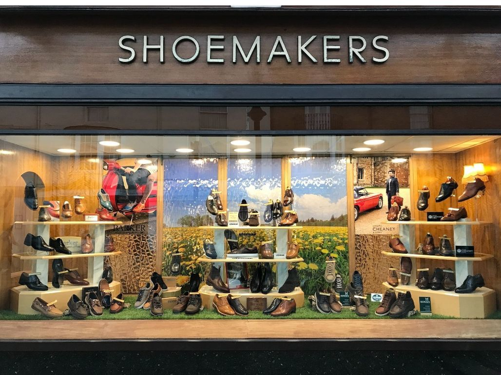 5% off Men's and Ladies shoes