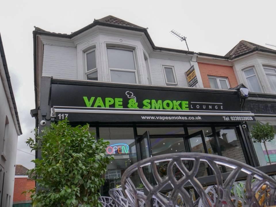 Vape & Smoke Lounge