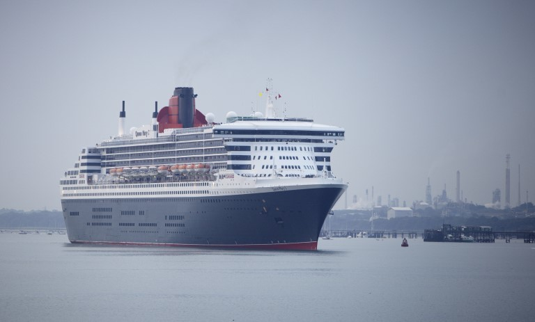 Cruise passengers queen mary